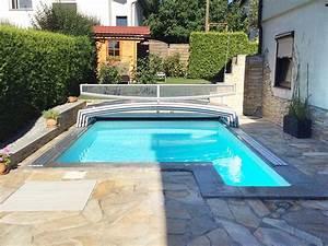 Mini Pool Für Balkon : schwimmbecken und berdachung f r kleine g rten ~ Sanjose-hotels-ca.com Haus und Dekorationen