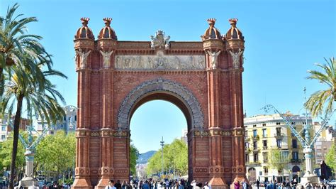 10 best places must see in barcelona spain
