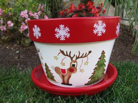Holiday Christmas Flower Pot Designer Kitchen Designing A New Layout Design Free Online Interior Of Cabinet For Small Living Room With Peninsula Colors