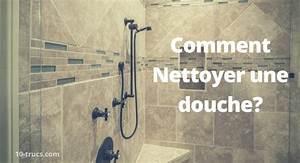 10 trucs pour nettoyer la douche 10 trucs With comment nettoyer les joints de carrelage c est du propre