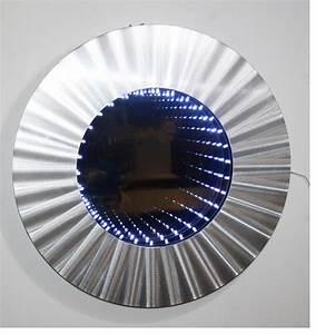 Wandspiegel Mit Licht : mirrorstyl wanddeko unendlichkeit wandspiegel deko led lichttunnel spiegel 3d ~ Orissabook.com Haus und Dekorationen