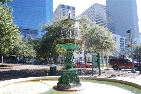 filescanlan fountain sam houston parkjpg wikimedia