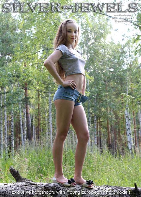 Alice Silver Starlet Models Nipple Cumception