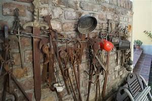 Altes Werkzeug Holzbearbeitung : kostenlose foto holz mauer sammlung kunst eisen altes werkzeug alte geschichte 5456x3632 ~ Watch28wear.com Haus und Dekorationen