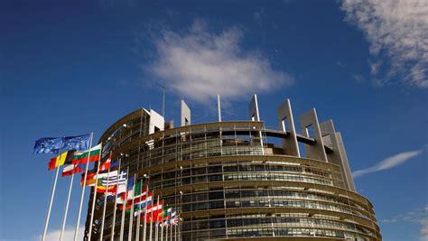 siege du parlement europeen helmut kohl à strasbourg un hommage européen sous haute