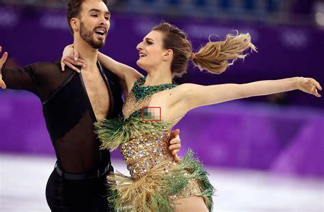 Gabriella Papadakis Has Wardrobe Malfunction In Ice Dancing