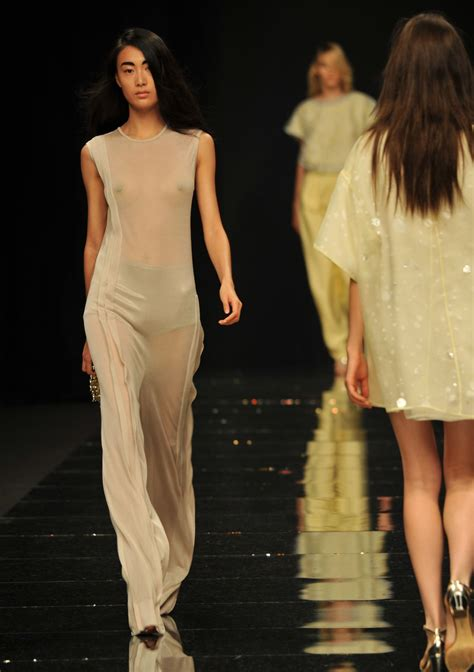 ANTEPRIMA SPRING SUMMER 2013 WOMEN'S COLLECTION | The ...