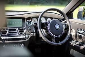 2017 Rolls-Royce Ghost Black Badge Gallery