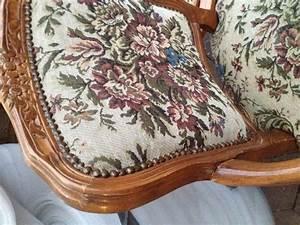 Sessel Neu Beziehen : alten stuhl restaurieren wie beziehe ich die polster neu lackieren ~ Frokenaadalensverden.com Haus und Dekorationen