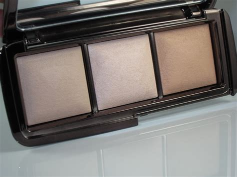 ambient lighting palette hourglass ambient lighting palette review swatches