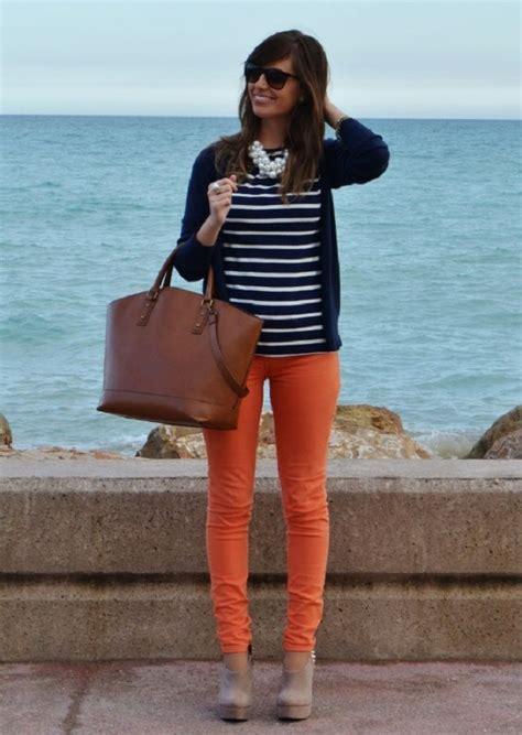 How To Wear Orange Trousers 2018 | FashionGum.com