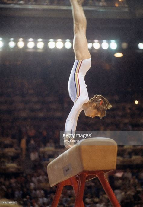 comaneci 10 vault best 25 comaneci ideas on