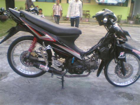 Motor Smash Modif by Koleksi Modifikasi Motor Suzuki Smash Terkeren Velgy Motor