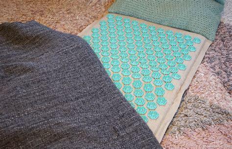 tapis de fleurs mal de dos soulager dos avec le tapis d acupression quot ch de fleurs quot maman 224 grenoble