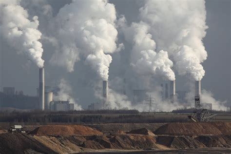 Carbon emissions to hit record in 2018