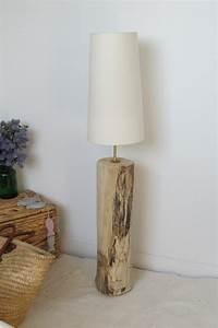 Lampe De Salon : grande lampe de salon en bois flott luminaires par vidal tm bois flott pinterest ~ Teatrodelosmanantiales.com Idées de Décoration
