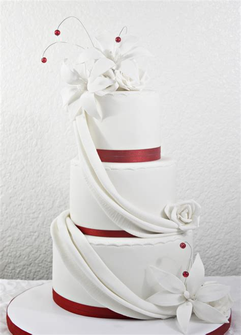 Red And White Wedding Cake W Drapes And Lilies