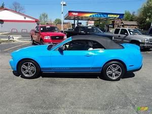 2010 Grabber Blue Ford Mustang V6 Premium Convertible #63450964 Photo #4 | GTCarLot.com - Car ...