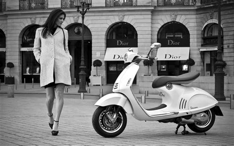 Piaggio Wallpapers by Vespa Wallpaper 11 2560 X 1600 Stmed Net