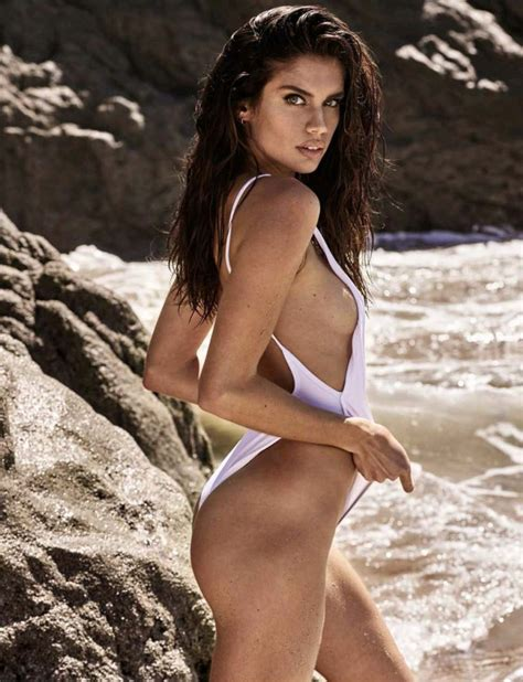Sara Sampaio Nude Sexy Photos Thefappening