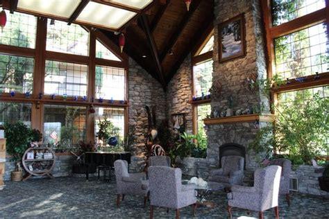 Hall Picture Best Western Plus Yosemite Gateway Inn