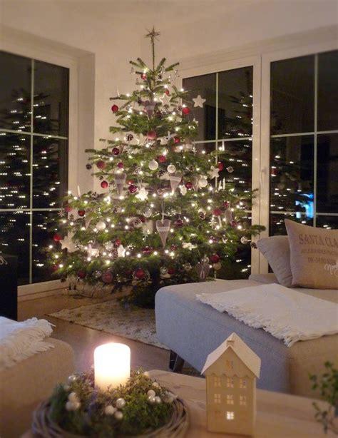 Weihnachtsbaum Rot Silber Geschmückt by Unser Weihnachtsbaum Weihnachten Tree