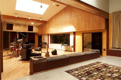Bid Room Big Room My
