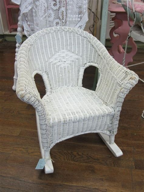 childrens wicker table and chairs 1000 images about wicker rocking chairs on pinterest