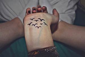 Cute Birds Tattoo On Wrist | Fresh Tattoo Ideas