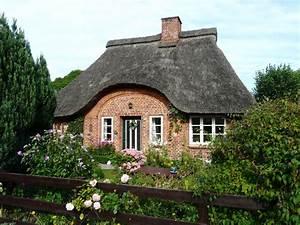Haus Kaufen Oldenburg In Holstein : romantische reetdachkate in ostseen he oldenburg in holstein ~ Watch28wear.com Haus und Dekorationen