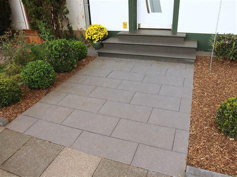 Gartenwege  Dederichs Garten und Landschaftsbau GmbH