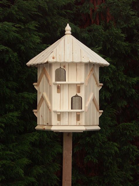 product profile dove cote  stand amateur gardening