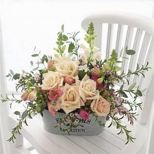 rustic floral arrangement - Design Decoration