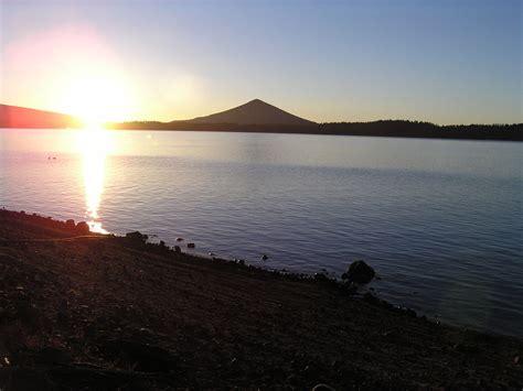 Crescent Lake (Oregon) - Wikipedia