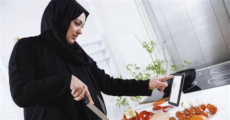 cuisine arabie saoudite arabie saoudite les femmes chefs grignotent du terrain