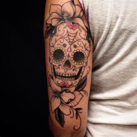 zuckerschaedel tattoos  ideen mit bedeutung