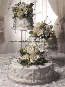 wedding cake plates 3 tier cascading wedding cake stand stands