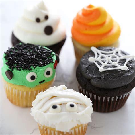 How To Make Halloween Cupcakes  Handle The Heat