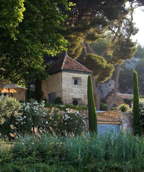 provence gardens louisa jones fell in love with france garden travel hub