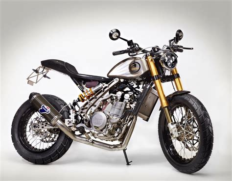 Flat Tracker, Dirt Track And Cars
