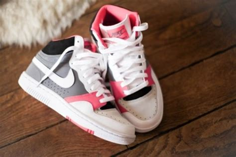 shoes nike shoes high top sneakers pink shorts nike