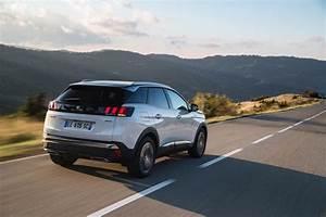 3008 Gt Essence : focus sur le nouveau peugeot 3008 gt line actu automobile ~ Gottalentnigeria.com Avis de Voitures