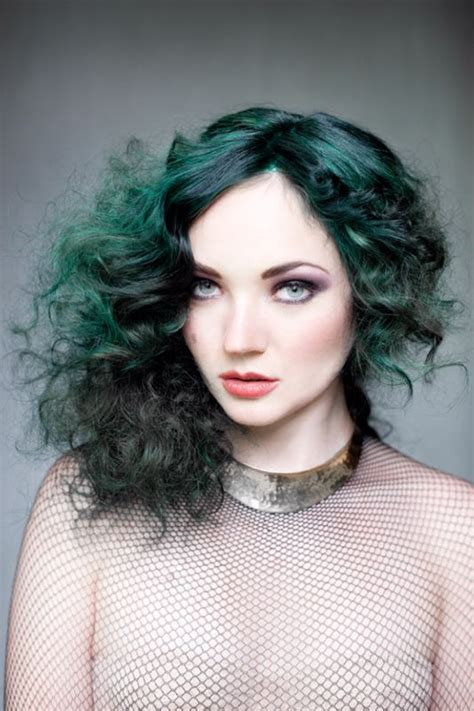 Best 25 Green Hair Ideas On Pinterest Emerald Hair