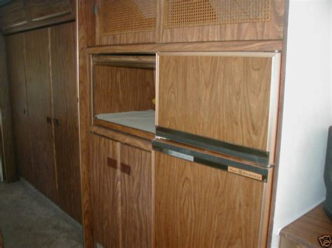 canadian kitchen cabinets replace or repair the fridge 1979 31ft sovereign intl 1979