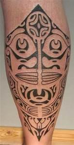 Croix Tatouage Homme : maori mollet ~ Dallasstarsshop.com Idées de Décoration