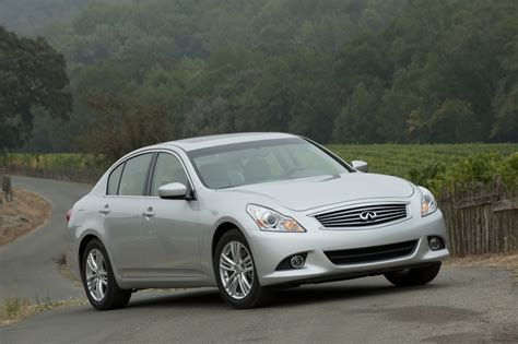 Infiniti Picture by Infiniti Dropping G25 Sedan Changing Engines For 2013