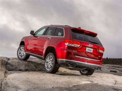 Top Affordable Trucks by 10 Affordable Mid Size Suvs Autobytel