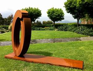 Statue Jardin Design : acier corten la star moderne du jardin ~ Dallasstarsshop.com Idées de Décoration