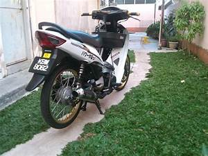 Garage D Customs  Honda Wave 100r Sparkle White V