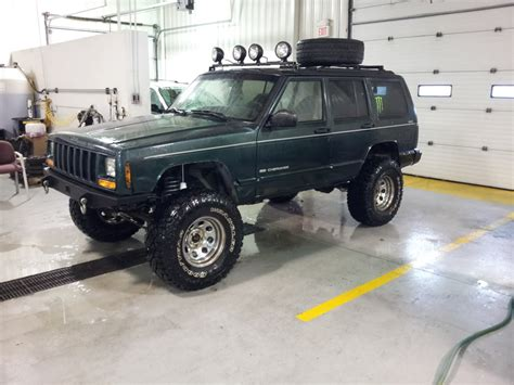 green jeep cherokee lifted the green xj club page 15 jeep cherokee forum